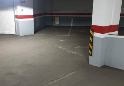 Garaje en Salesas-Glorieta-Chinchibarra-Capuchinos