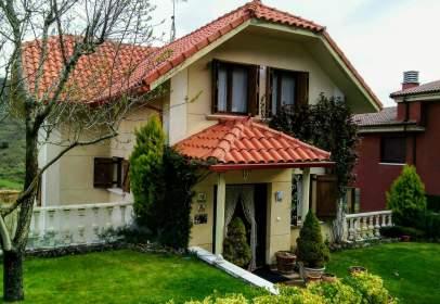 House in Urbanización Usarena