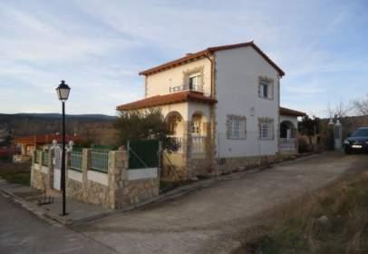 Casa en calle Alto Rey