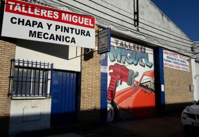 Nau industrial a calle Poligino Montemolín, nº 10