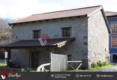 Casa en Peruyes (Cangas de Onís)