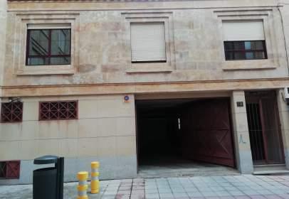 Casa en calle General Castaños