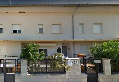 Casa adossada a calle de Romeral, 4