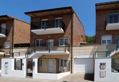 Casa unifamiliar en Urbanización Martiket, nº 24