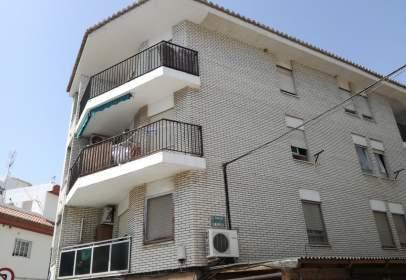 Flat in calle Fabrica Nueva