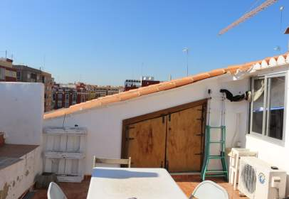 Penthouse in calle de Ernesto Anastasio, near Calle del Maestro de Obras Francisco Baldomar