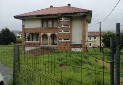Casa en calle Bº Valdacia