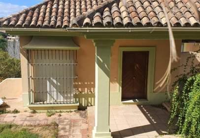 Chalet pareado en calle Duero, nº 10