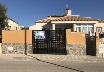 Casa pareada en Avinguda de Fernando Fenoll Bergua, 111