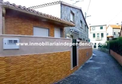 Casa en calle Castaña
