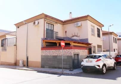 Chalet unifamiliar en calle Alvar Fañez, nº 43
