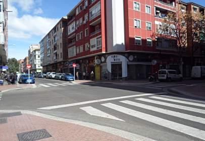 Piso en calle del Doctor Iranzo, cerca de Calle de Silvestre Pérez