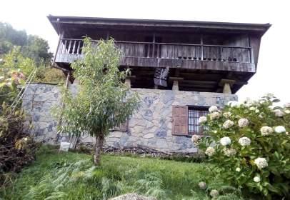 Casa en calle San Miguel Arroes