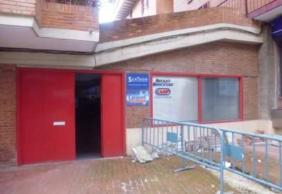 Local comercial en calle de Arraskularre