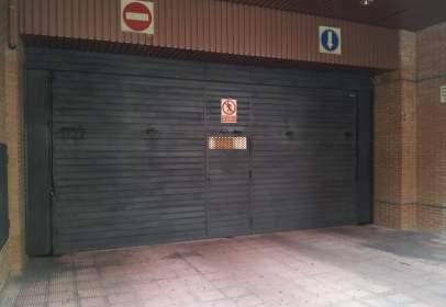 Garaje en calle del Planeta