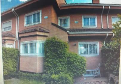 Casa adosada en calle de María Luisa Córdoba Miján