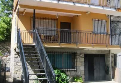 Casa pareada en calle del Progreso