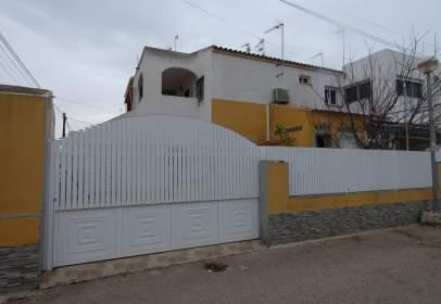 Casa adosada en calle de Cibeles