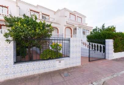 Casa a Torrealmendros, nº 103