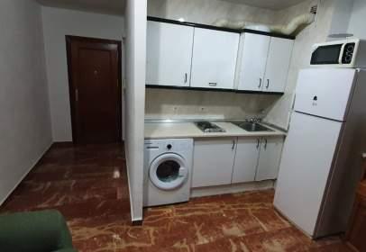 Apartment in calle Cardenal Marcelo Spínola