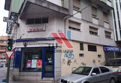 Local comercial en calle Portiña de San Miguel