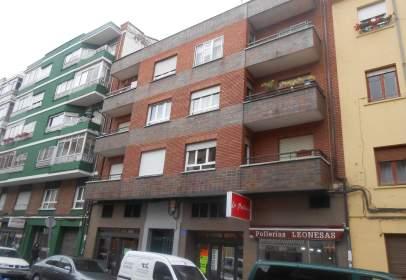 Pis a calle Laureano Diéz Canseco
