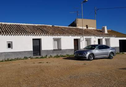 Casa en El Raiguero- Paretón