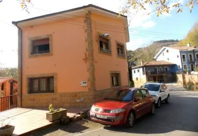 Casa en calle Cardes