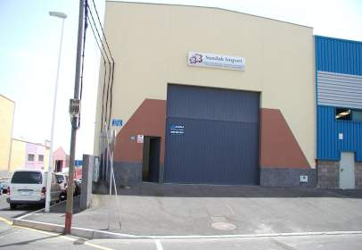 Nau industrial a calle San Miguel