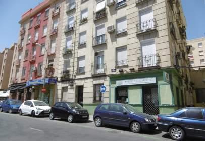 Piso en calle de Pradillo, cerca de Calle Eugenio Salazar