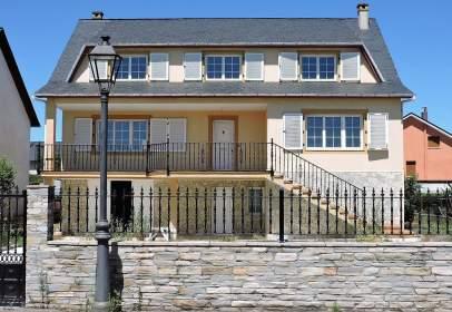 Casa en calle Antonio Fernández Morales, Cacabelos, nº 14
