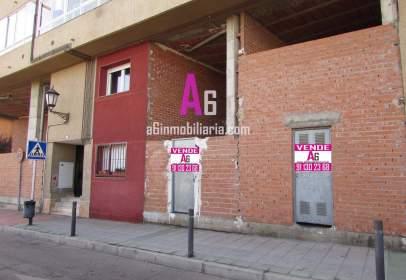 Local comercial en calle Tenería, nº 8