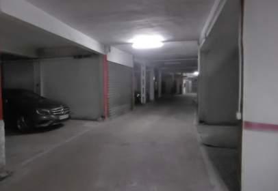 Garaje en Avenida Reyes Católicos