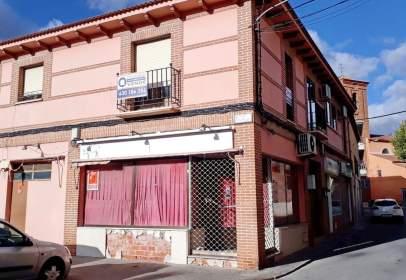 Apartment in calle de la Iglesia, nº 2