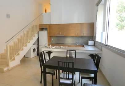 Duplex in Carrer del Regent Mendieta