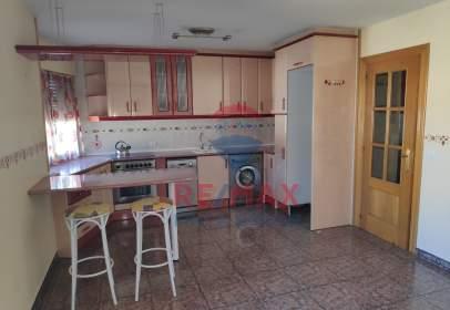 Casa pareada en calle Mosén Manuel Oliver