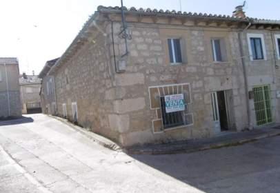 Casa pareada en calle de Burgos