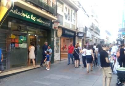 Edificio en calle de Santa Eulalia, 33, cerca de Calle de Manos Albas