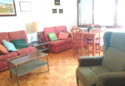 Apartament a calle Tierra de Biescas, nº 6