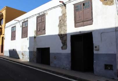 Casa en calle Cruz de los Claveles