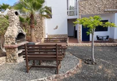 Apartment in calle Peatonal de Venezuela