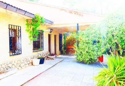 Casa adosada en Villalbilla
