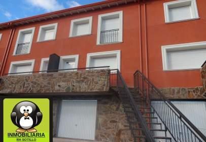 Casa aparellada a Carretera Alcorcón, nº 22