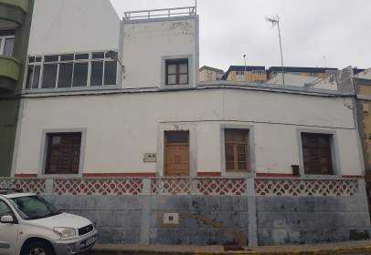 Casa en calle de Pepe Álamo