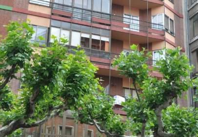 Apartamento en Avenida de Lancia
