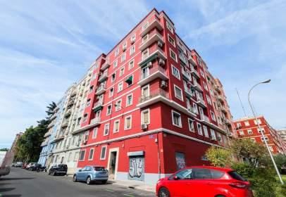 Apartamento en Avenida del Mediterráneo, cerca de Calle de Federico Moreno Torroba