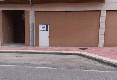 Commercial space in calle Aspaym, nº 3
