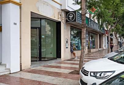 Local comercial en Avenida Carlos LLL, nº 316