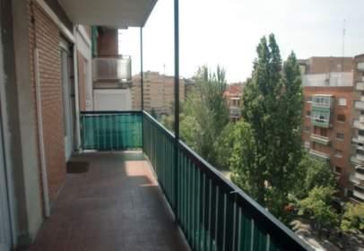 Apartament a Avenida de Manuel Rivera