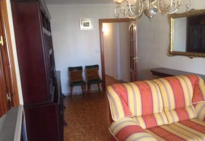 Apartamento en calle Pintor Oliva